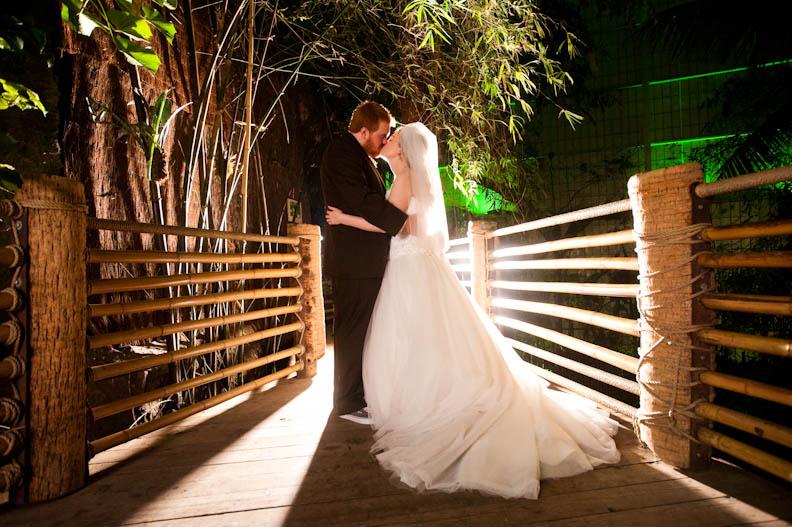Dallas World Aquarium Wedding Pics Austin Wedding